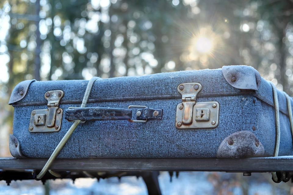 kufr na střeše